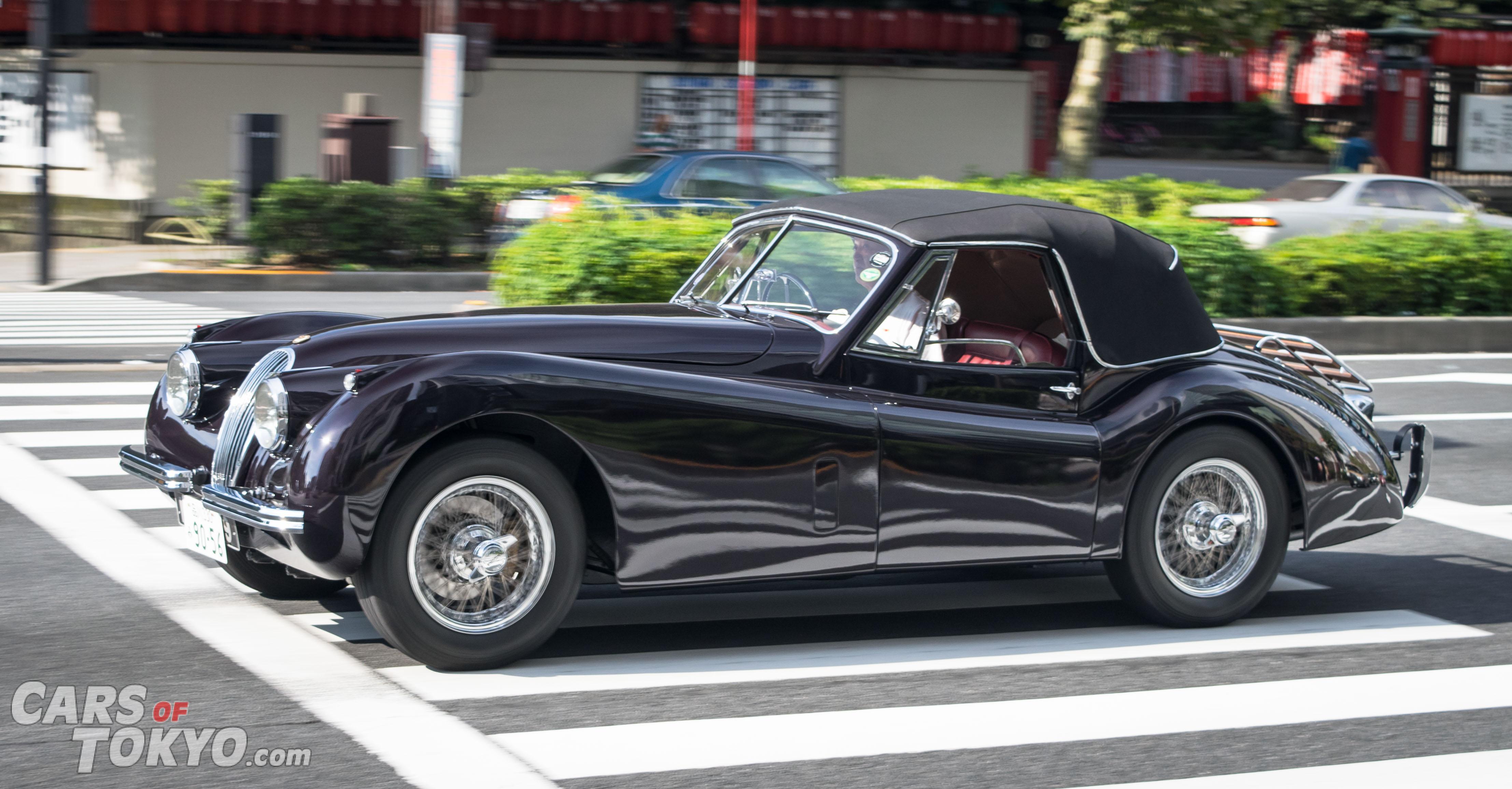 Cars of Tokyo Classic Jaguar XK120