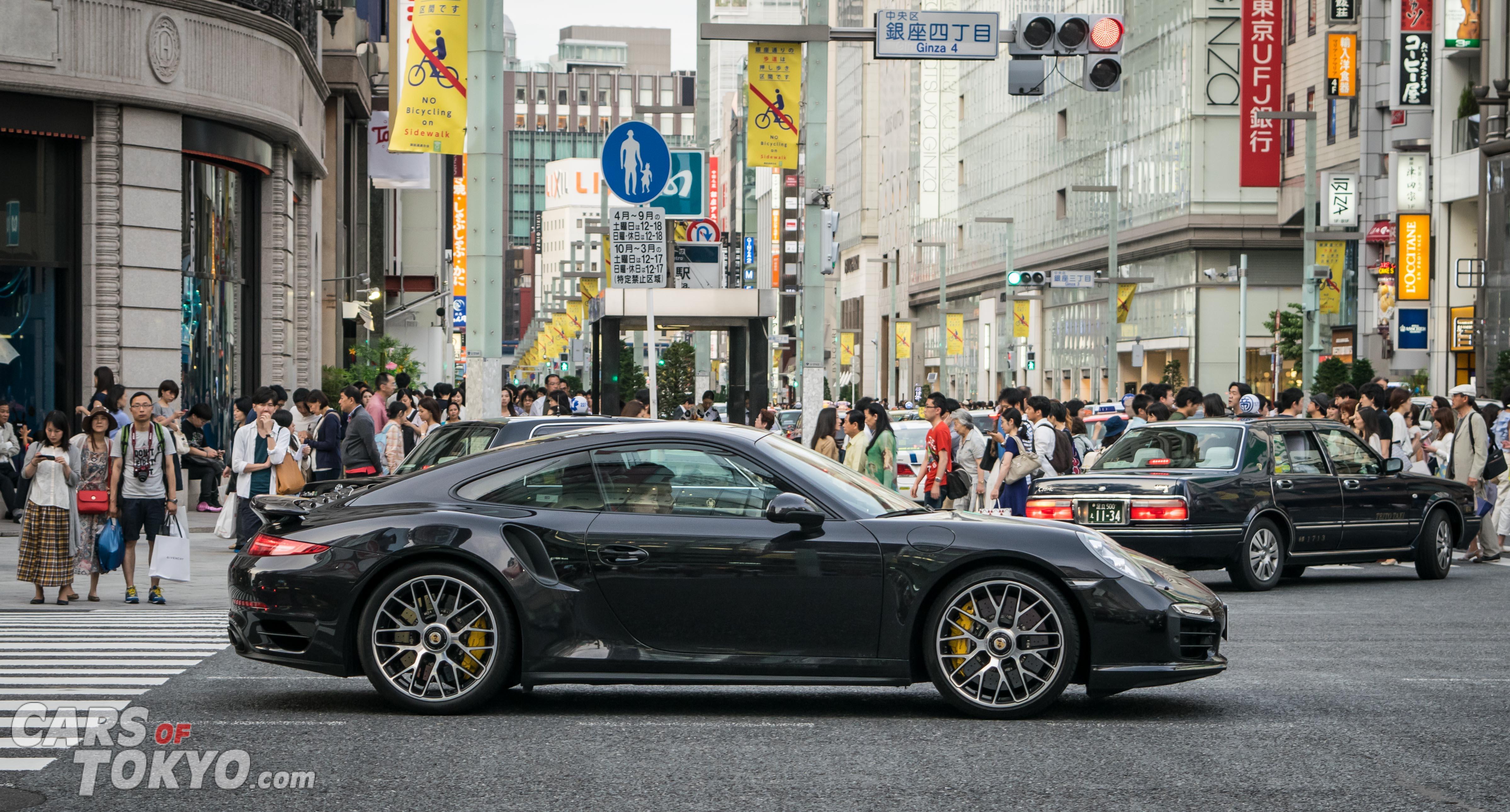 Cars of Tokyo Ginza Porsche 911 Turbo S