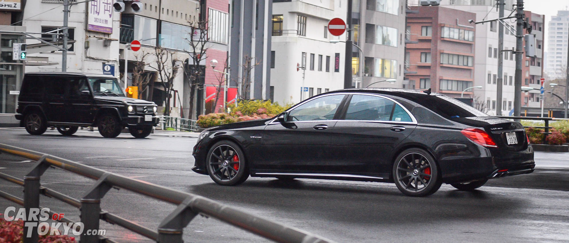 cars-of-tokyo-luxury-mercedes-benz-s63-amg-g63