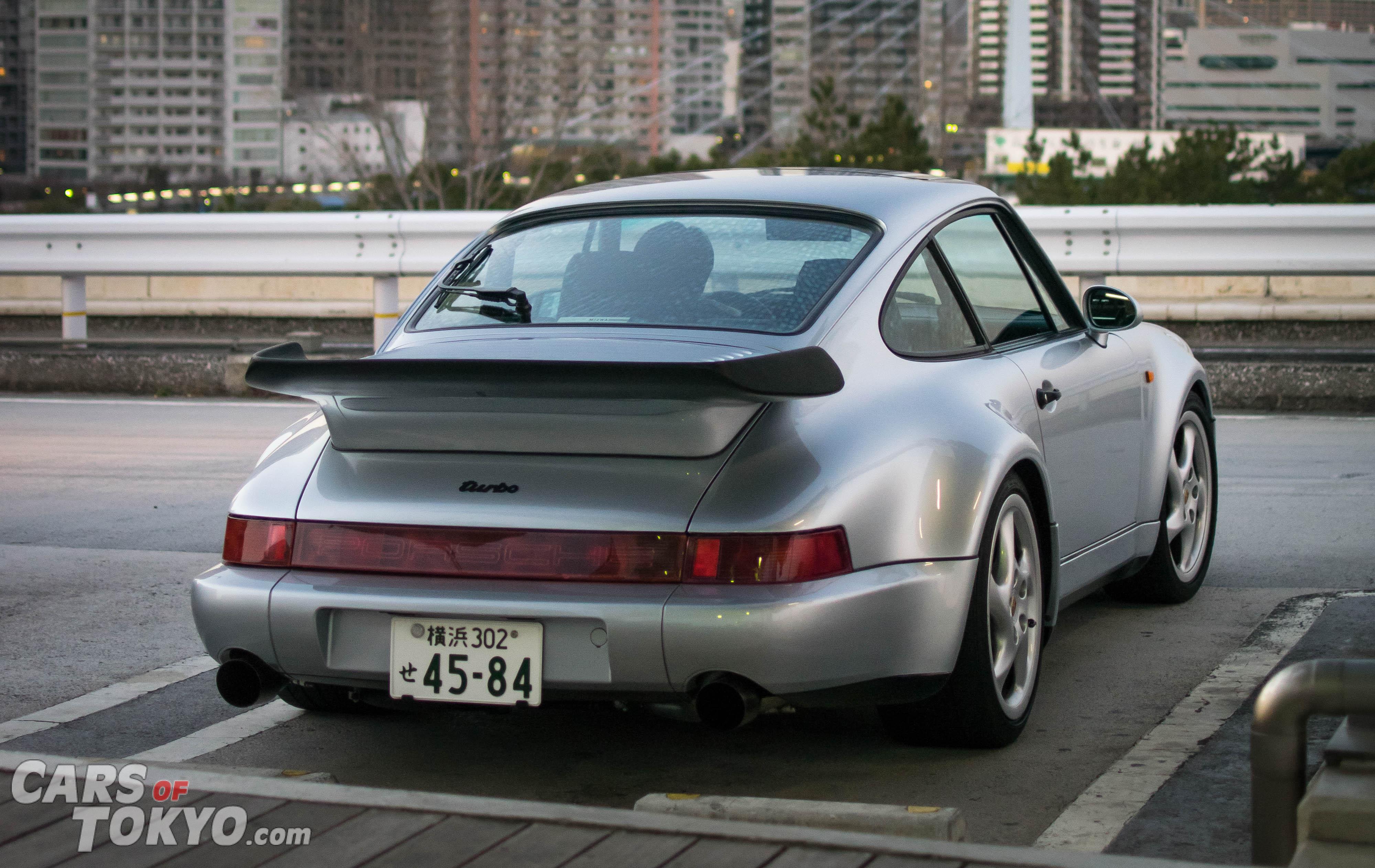 Cars of Tokyo Porsche 911 Turbo 964