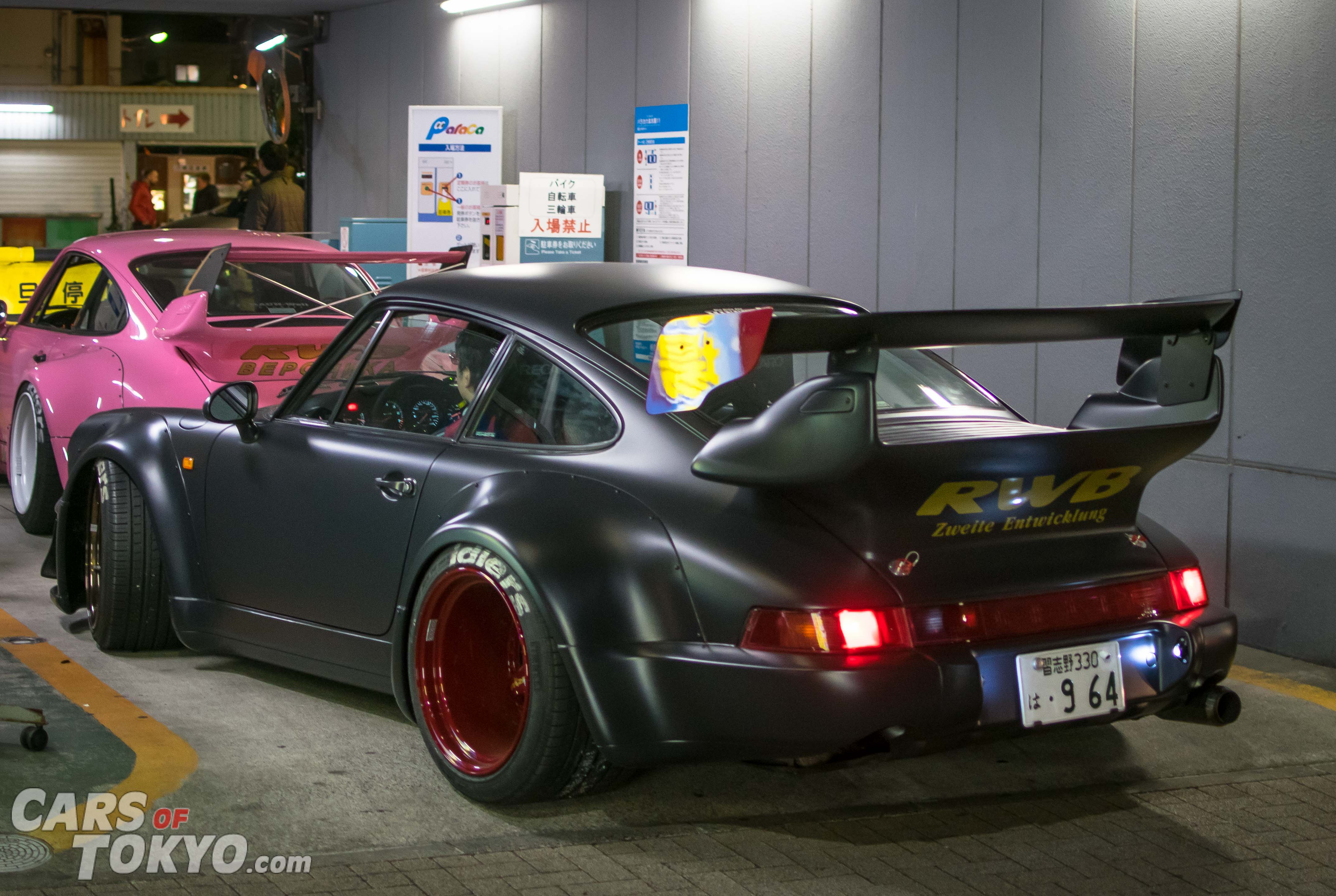 Cars of Tokyo RWB Porsche 911 964 Black & Pink